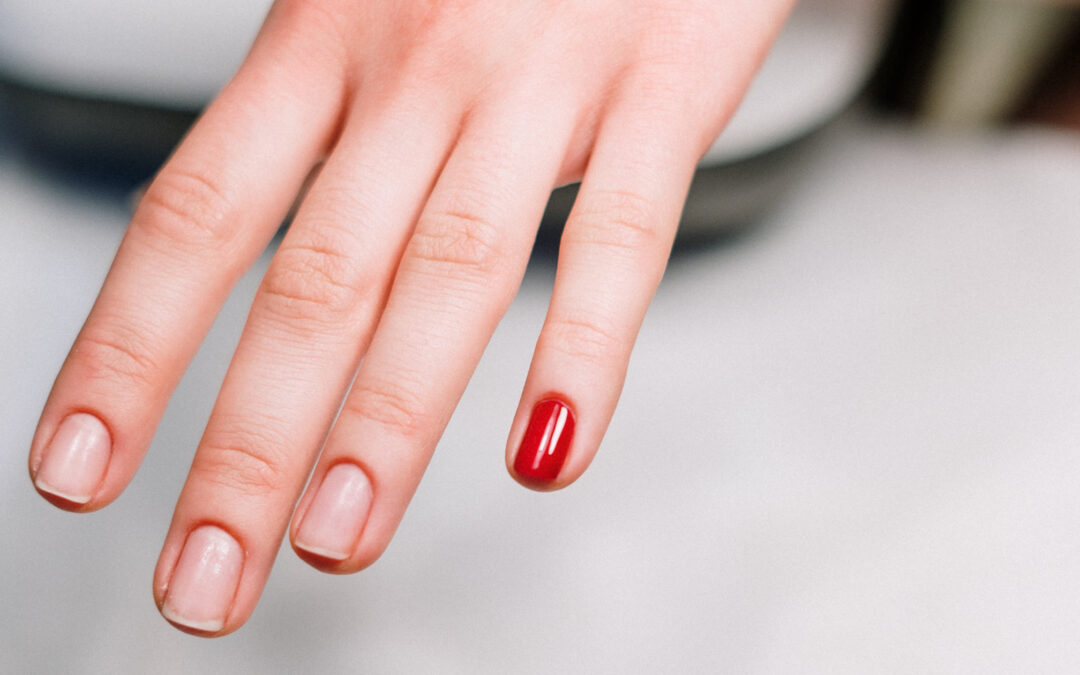 8 Handy Tips to Keep Your Nails Strong